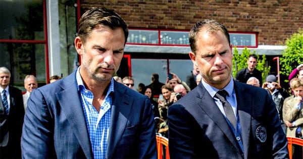 Hai anh em song sinh Frank và Ronald de Boer đều theo nghiệp HLV sau khi chia tay sân cỏ.