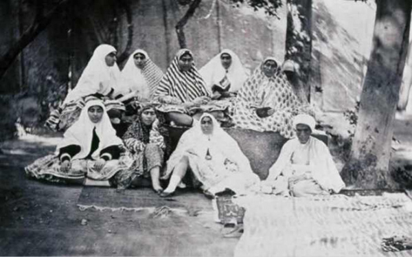 Những phụ nữ xinh đẹp nhất trong hậu cung Ba Tư thế kỷ 19