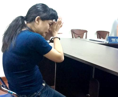 Người mẹ ép con gái 6 tuổi uống thuốc sâu vì chồng lạnh nhạt