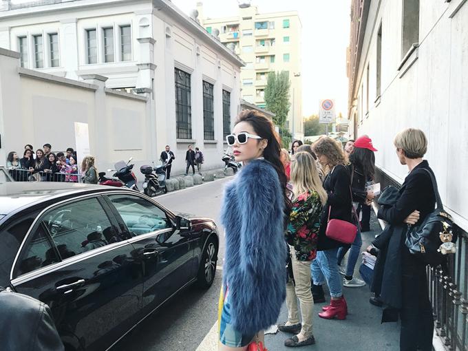 sao-viet-chuong-do-long-khi-di-fashion-week-2