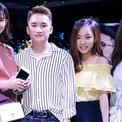Người yêu Phan Mạnh Quỳnh hội ngộ hai em gái của bạn trai