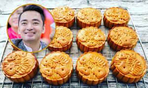 Ông bố khéo tay năm nào cũng làm 300 chiếc bánh Trung thu