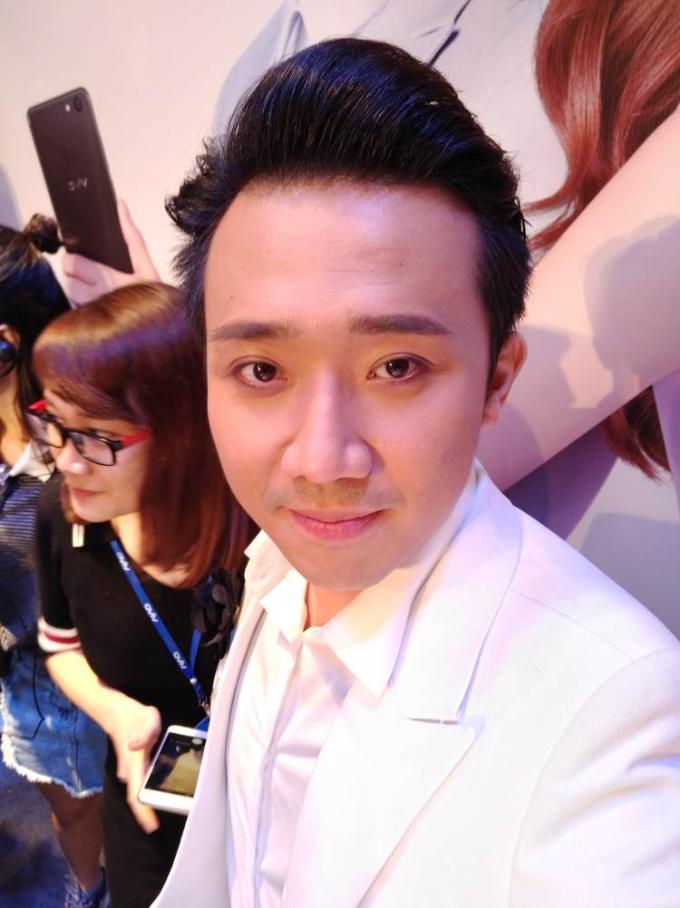 minh-hang-tran-thanh-khoe-khoanh-khac-selfie-dinh-cung-vivo-v7-ngoisao-3
