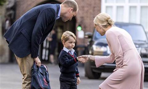 Hoàng tử George chán đi học mỗi sáng