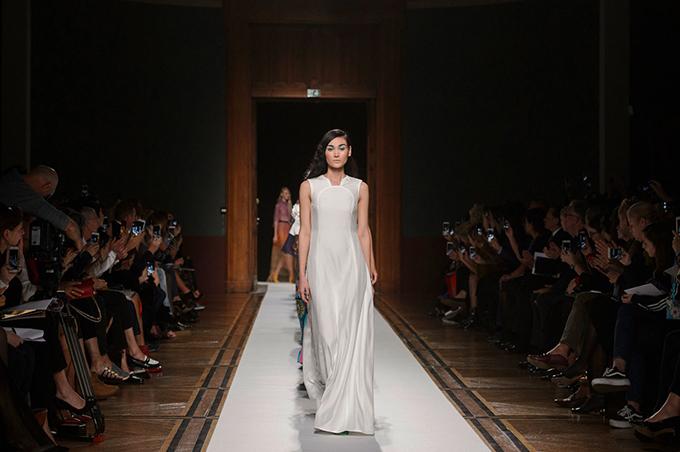 thuy-trang-xuat-hien-an-tuong-tai-paris-fashion-week-6