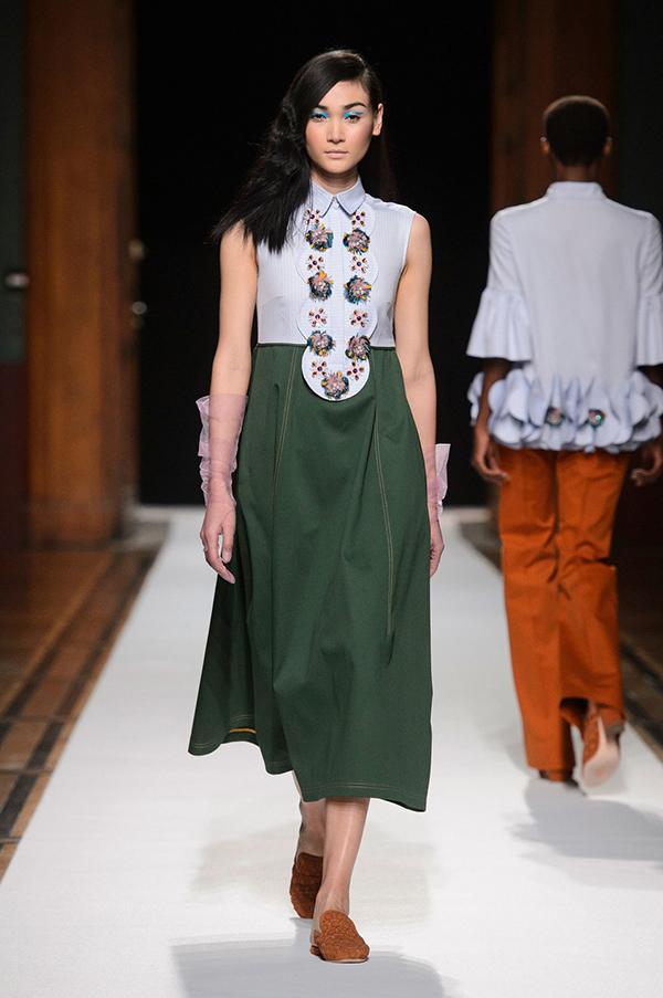 thuy-trang-xuat-hien-an-tuong-tai-paris-fashion-week-7