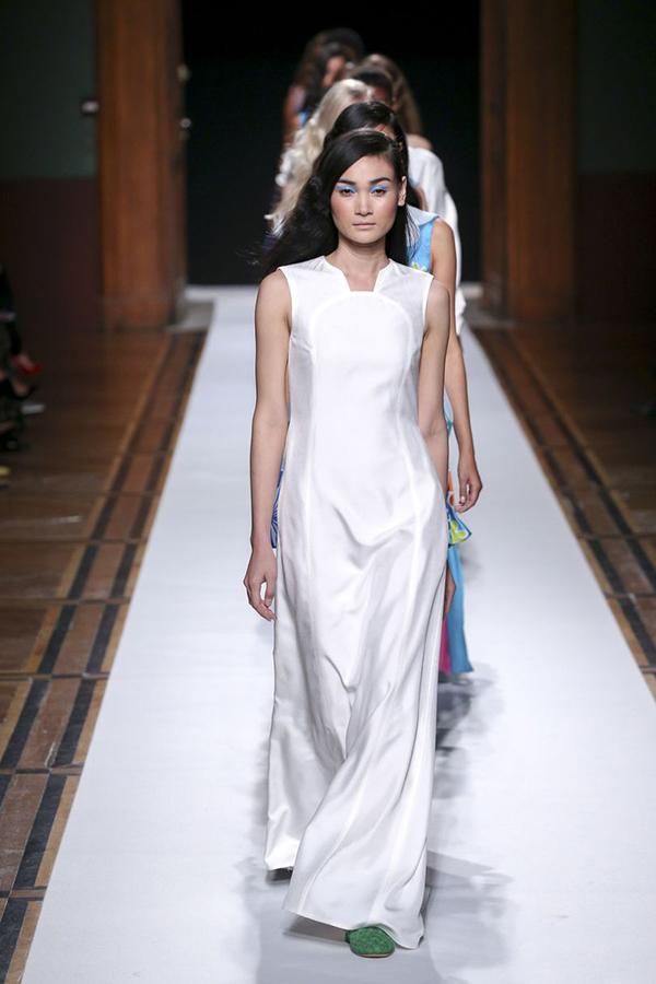 thuy-trang-xuat-hien-an-tuong-tai-paris-fashion-week-8