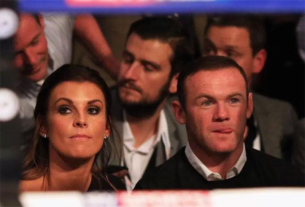 Vợ chồng Rooney vẫn căng thẳng một tháng sau khi tiền đạo Anh bị bắt