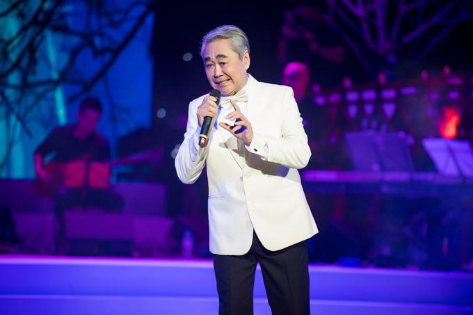 sao-mai-thu-hang-va-chi-gai-duoc-me-thap-tung-khi-chay-show-8