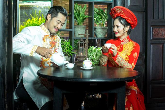 lan-phuong-e-ap-hoa-co-dau-voi-ao-dai-cuoi-long-phung-4