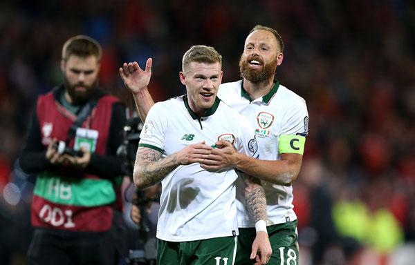 Trong khi đó, nỗi buồn của xứ Wales lại là niềm vui của các cầu thủ Ireland.