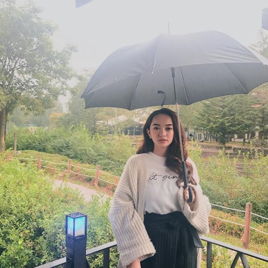 kaity-nguyen-gap-go-cau-thu-xuan-truong-trong-chuyen-cong-tac-han-quoc-2