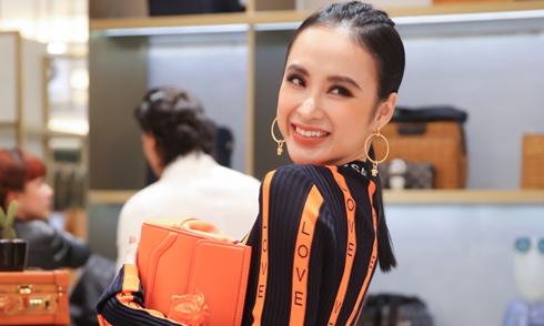Angela Phương Trinh diện 'cây' hàng hiệu sành điệu đi sự kiện