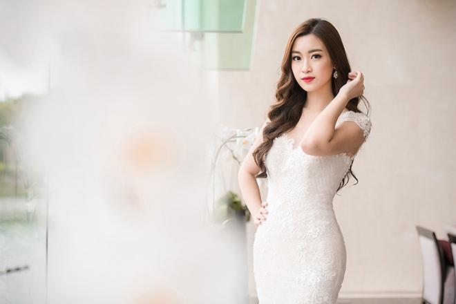 nhan-sac-do-my-linh-tu-hoa-hau-viet-nam-den-miss-world-2017-10