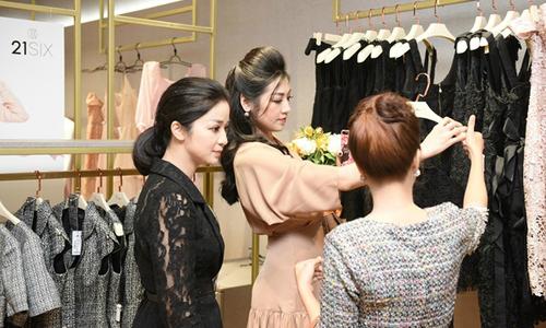 Á hậu Tú Anh làm giám đốc trung tâm thời trang