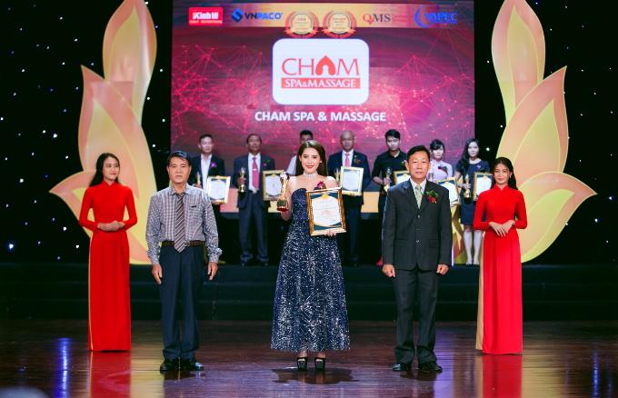 cham-spa-duoc-vinh-danh-trong-top-10-thuong-hieu-vang