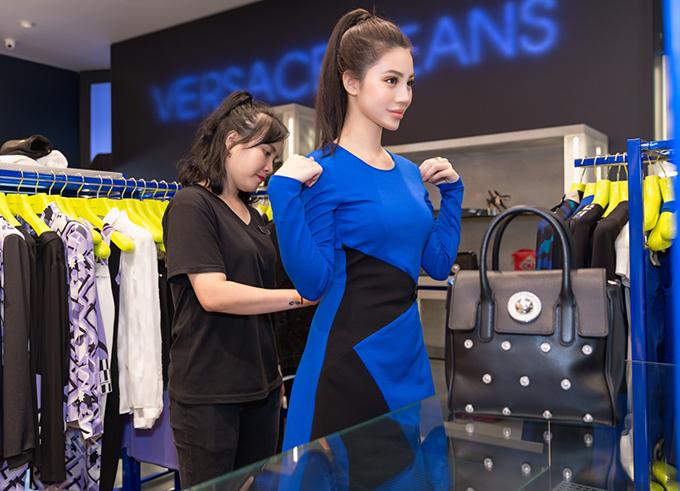 jolie-nguyen-manh-tay-dau-tu-hang-hieu-du-seoul-fashion-week-4