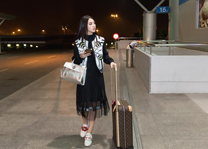 jolie-nguyen-manh-tay-dau-tu-hang-hieu-du-seoul-fashion-week-6
