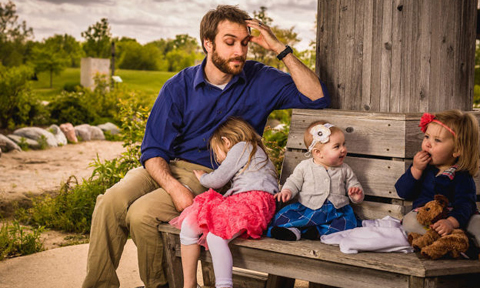 """Đoạn hội thoại giữa bố và con gái khiến """"cả thế giới"""" cười nghiêng ngả"""