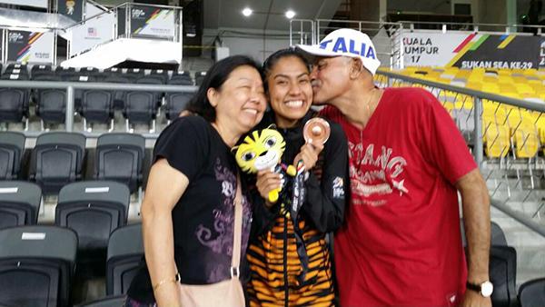 nhan-sac-vdv-doat-hc-dong-sea-games-lot-top-10-hoa-hau-hoan-vu-malaysia-2