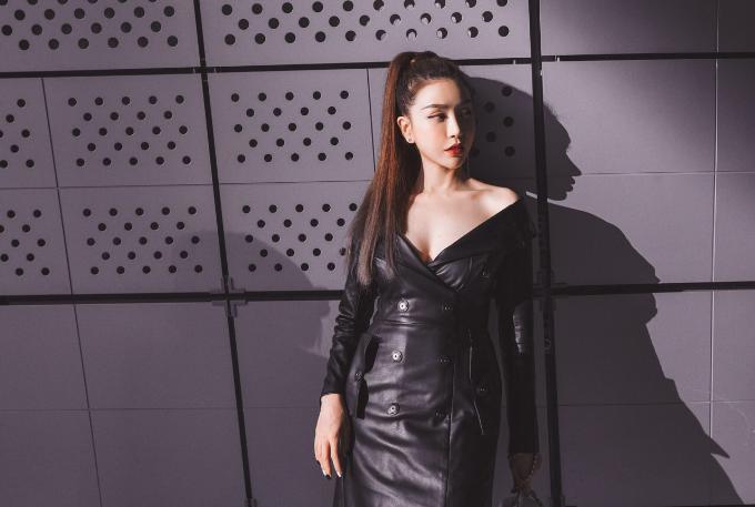 hoa-hau-lam-cuc-di-xe-sang-du-seoul-fashion-week-5