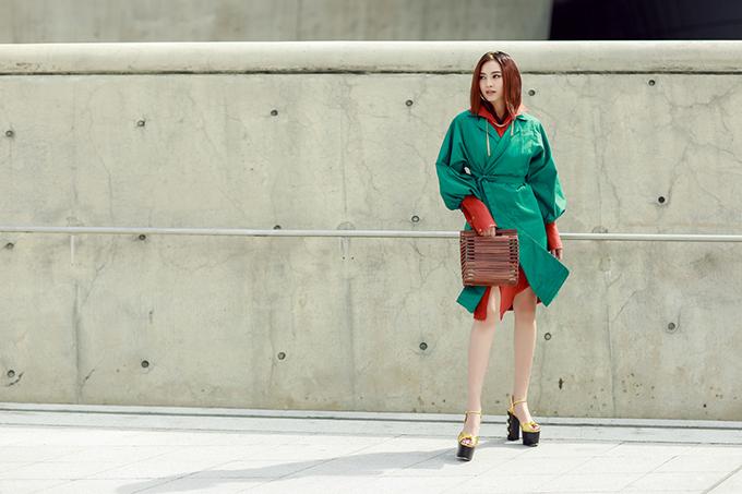 sao-viet-an-dien-noi-bat-o-ngay-thu-2-seoul-fashion-week-7