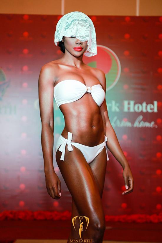 ha-thu-va-cac-thi-sinh-miss-earth-deo-mang-trinh-dien-bikini-15