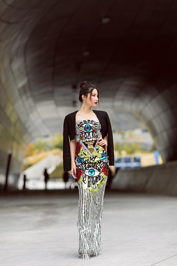 sao-viet-an-dien-noi-bat-o-ngay-thu-2-seoul-fashion-week-10