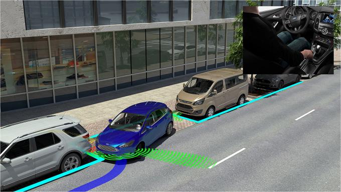 Chị em nên ưu tiên chọn xe có trang bị nhiều tiện ích tích hợp, như hệ thống cảm biến đỗ xe.