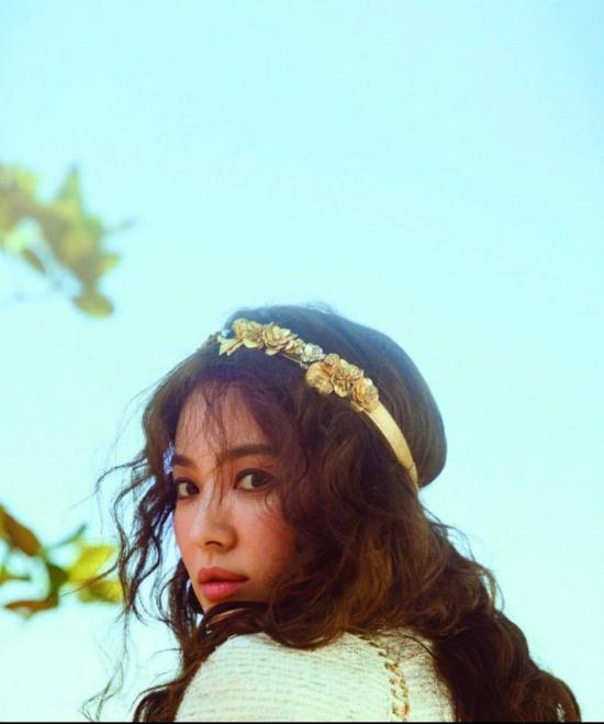 co-dau-thang-10-song-hye-kyo-khoe-sac-truoc-ngay-cuoi