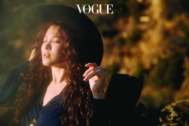 co-dau-thang-10-song-hye-kyo-khoe-sac-truoc-ngay-cuoi-11