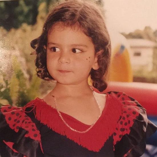 Daniella Semaan đăng ảnh ngày nhỏ của con gái tuổi teen