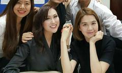 Ngọc Trinh học chung lớp đào tạo CEO với Phi Thanh Vân