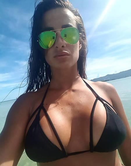 Marija thường xuyên khoe những bức ảnh chụp cô trong bộ bikini hay nội y mỏng mảnh, sexy và chia sẻ lên mạng xã hội. Hiện tài khoản cá nhân của cô có tới 25.000 người theo dõi.