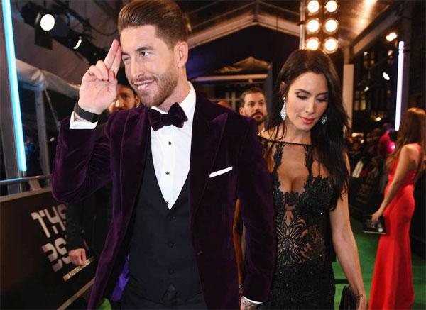 Sergio Ramos và bạn gái Pilar Rubio đang mang bầu