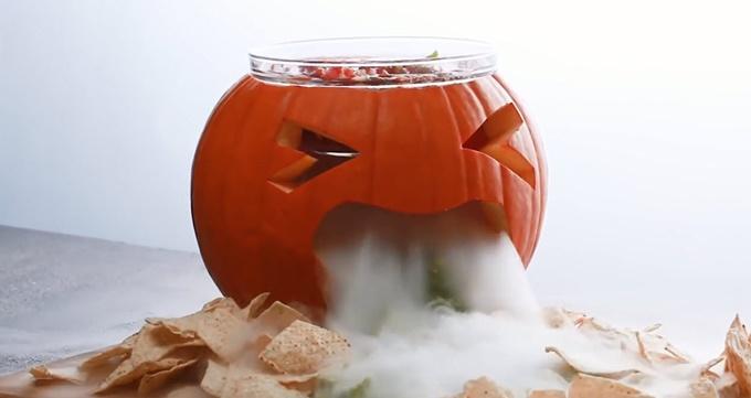7-sang-kien-don-gian-cho-bua-tiec-halloween-an-tuong
