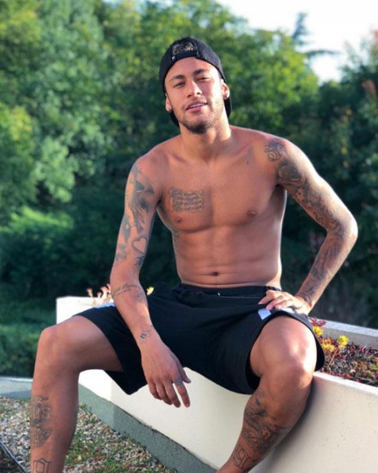 Neymar có sở thích xăm hình. Ảnh: NS.