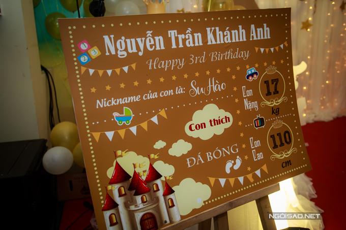 vo-chong-tuan-hung-mung-con-trai-tron-3-tuoi-11