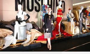 Dàn sao Việt dự triển lãm thời trang thương hiệu Moschino