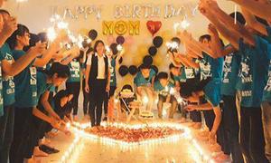 Học sinh xếp trăm cây nến, bí mật tổ chức sinh nhật cho cô giáo
