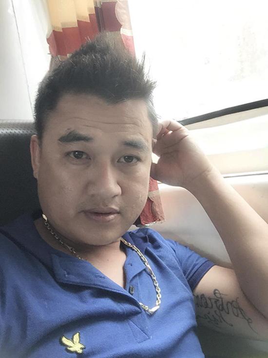 cuu-thu-mon-an-giang-ke-chuyen-cu-to-trong-tai-v-league-xu-lao-1