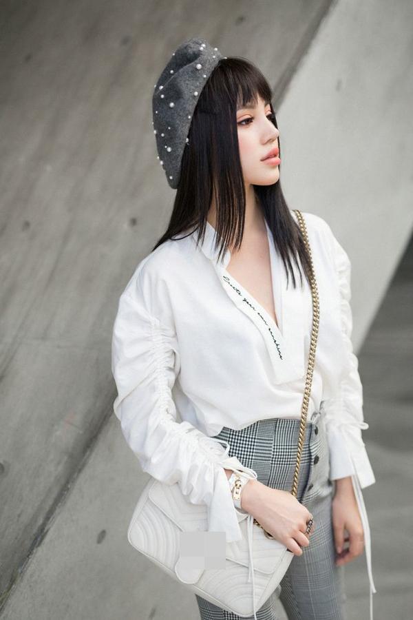 sao-viet-lam-song-day-xu-huong-mu-noi-5