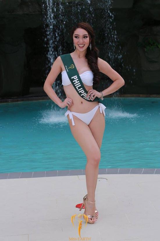 ha-thu-va-cac-thi-sinh-miss-earth-khoe-dang-ben-be-boi-voi-bikini-2