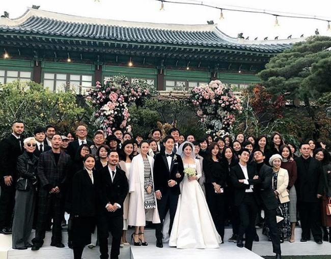 chu-re-song-joong-ki-hon-co-dau-song-hye-kyo-say-dam-3