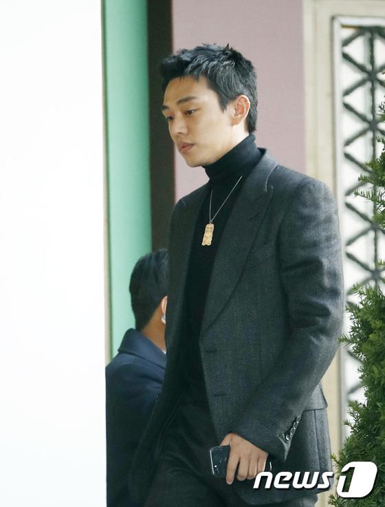 dan-sao-du-tiec-cuoi-song-joong-ki-song-hye-kyo-6