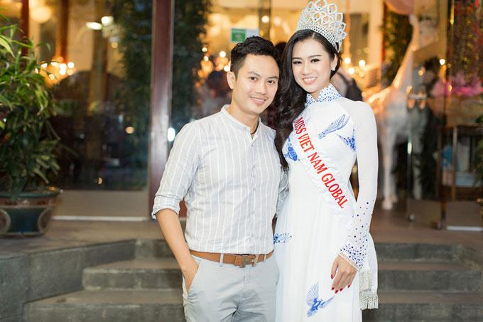 a-hau-trinh-kim-chi-khoe-nhan-sac-u50-trong-su-kien-7