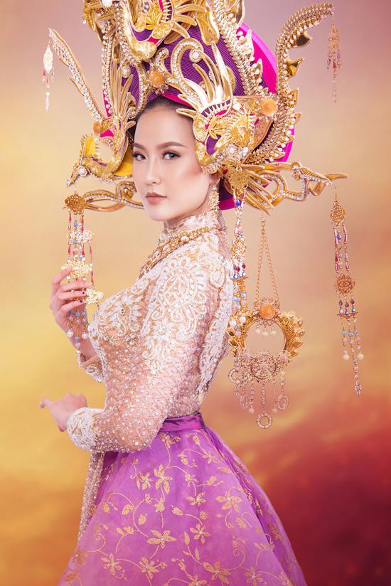 trang-phuc-thi-miss-globe-cua-khanh-ngan-lay-cam-hung-tu-nam-phuong-hoang-hau-1