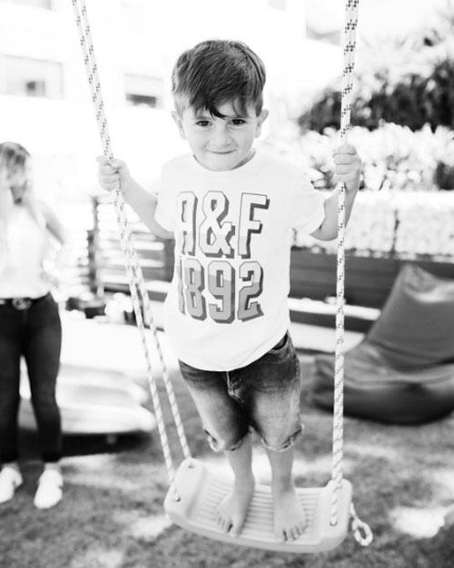 Nhóc Thiago