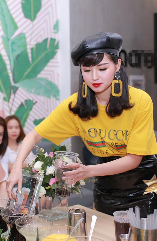 hot-girl-tam-tit-tai-xuat-sau-3-thang-sinh-con-trai-5