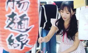 Quán mỳ ở Đài Loan tấp nập khách nhờ cô chủ xinh đẹp